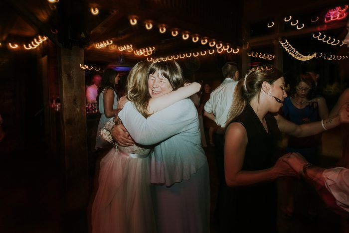 roxbury_barn_wedding_photo-122