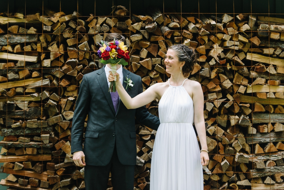 backyard-wedding-photo 047